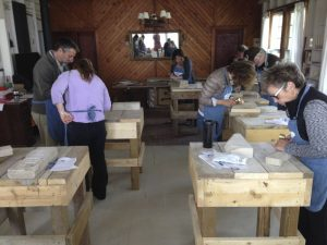 photo-carving-workshop-group-shot-in-cottage